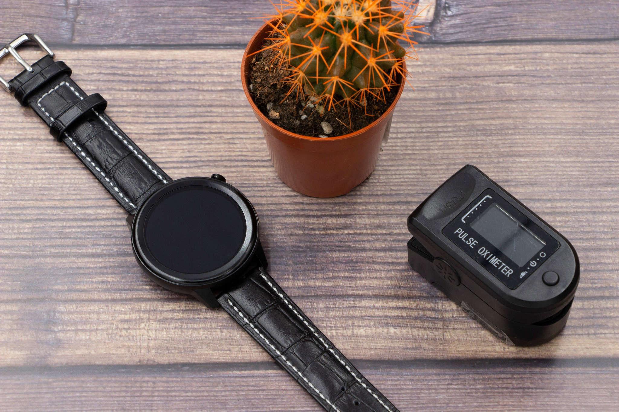 Профессиональные часы здоровья с автоматическим измерением температуры тела, давления, пульса, кислорода, снятием ЭКГ и контролем аномального пульса Health Watch Pro №80 (чёрный силикон)