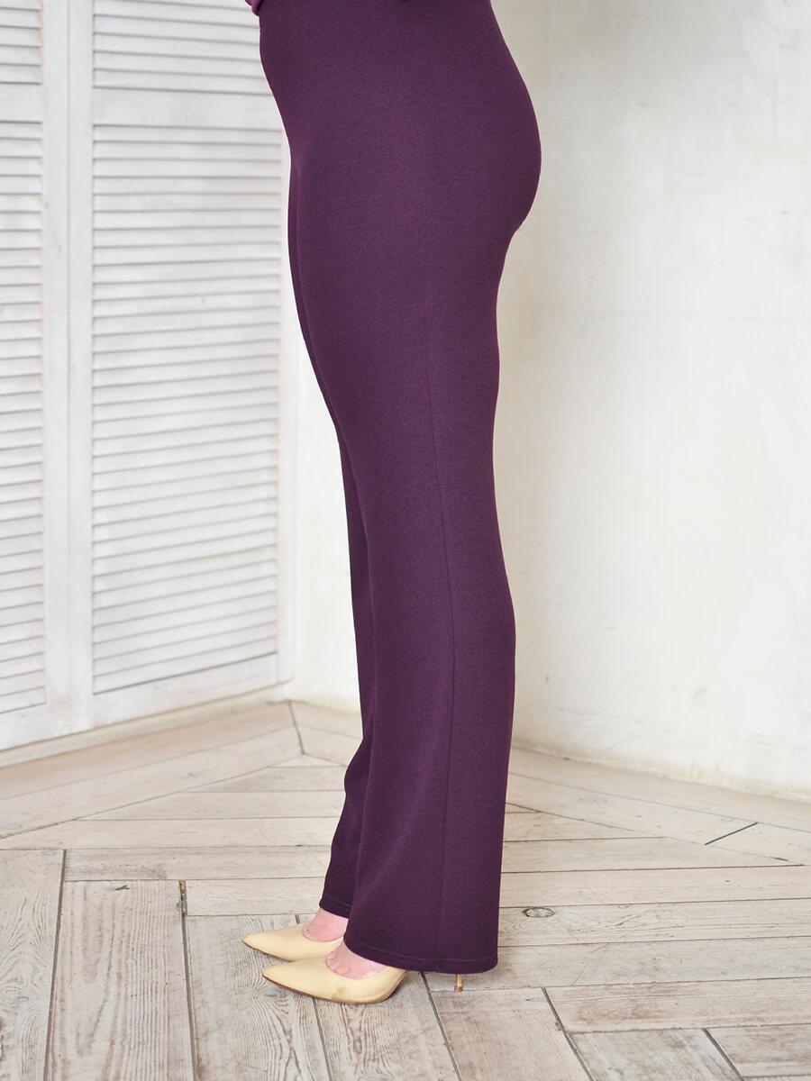 Фиолетовые брюки большого размера