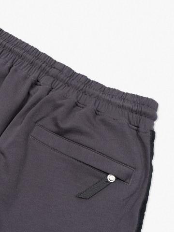 Спортивные штаны «Великоросс»  цвета графит. Лёгкий футер