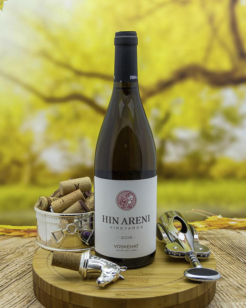 Вино Hin Areni Воскеат Белое Сухое 2016 г.у. 13,5%, 0,75 л.