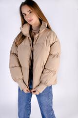 Бежевая куртка женская дутая оптом