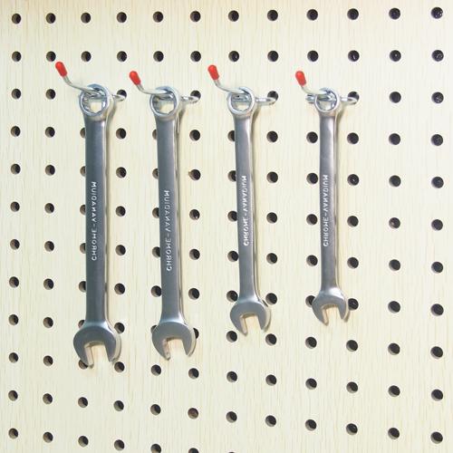 Одинарные крючки (4 шт.) для перфорированных панелей из ХДФ  L 50мм Ø 3мм  (4 шт.) PH806