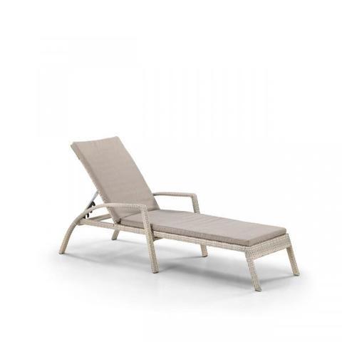 Шезлонг-лежак плетеный A30C2-W85 Latte с матрасом