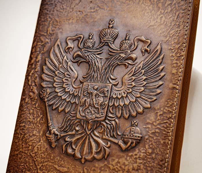 BY05-02-02 Ежедневник в кожаной обложке «Герб России» (А5) фото 03