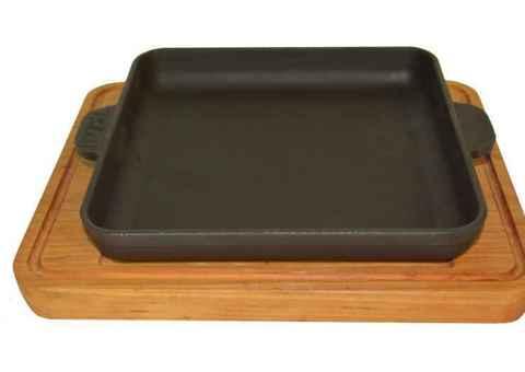 Сковорода квадратная 180х180х25 с дер. подст. (Бризолль)