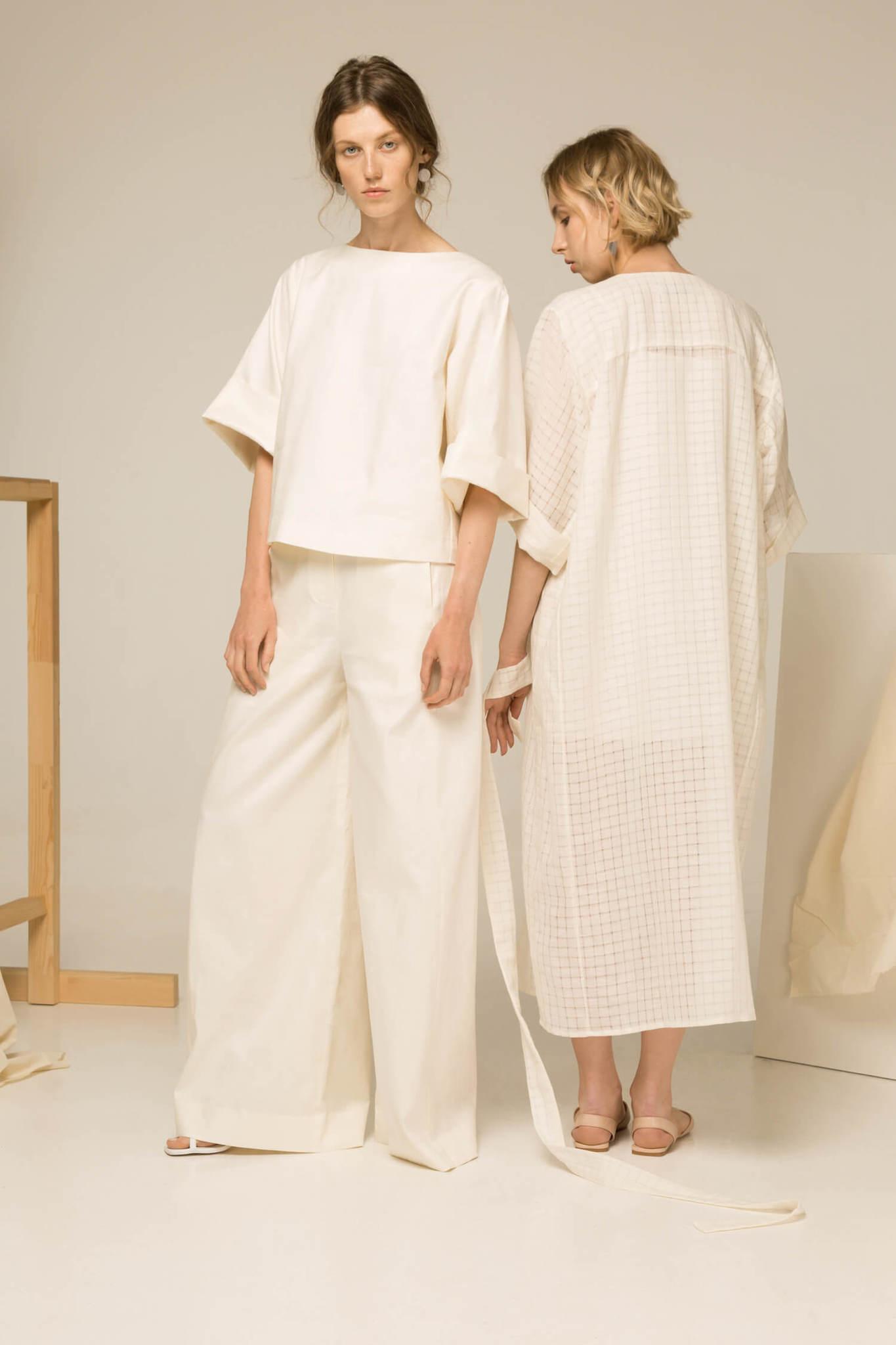 Широкие брюки-палаццо без боковых швов