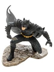 Фигурка Бэтмен (на колене)