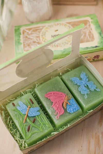 Форма для мыловарения Бабочка на цветке на прямоугольнике
