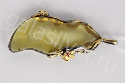 Подвеска с янтарем  и фианитом из серебра 925