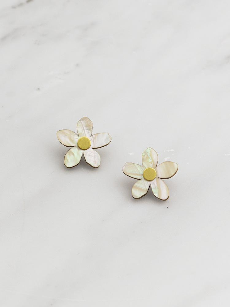mini-orange-blossom-earrings-750_1050x.jpg