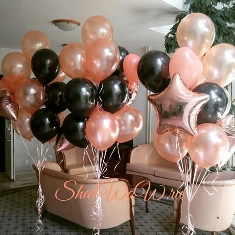 Фонтаны из шаров цвета пудры и черного цвета