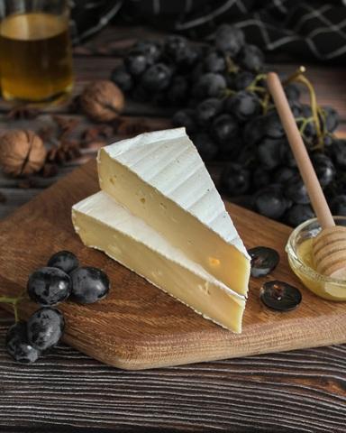 Сыр Бри из коровьего молока, кг