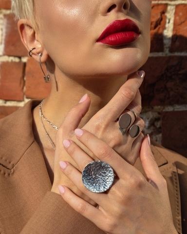 Серебряное битое кольцо круг 32 мм