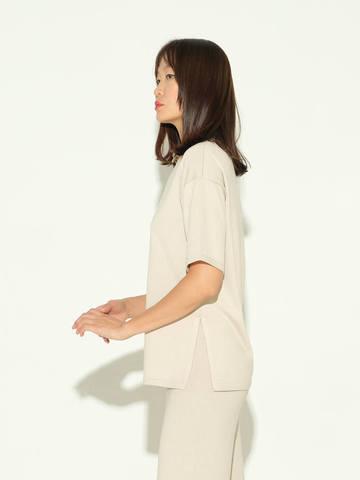 Женский джемпер бежевого цвета из шелка и кашемира - фото 4
