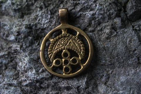 славянский бронзовый амулет Лунница Рода