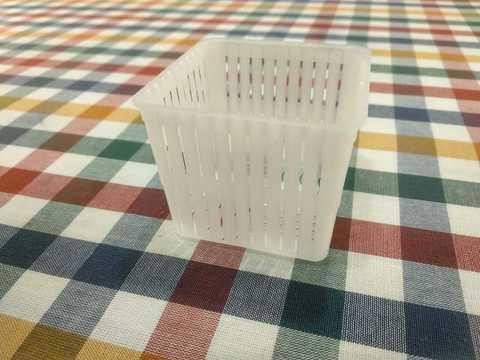 Anelil Lodi - квадратная форма для домашнего творога и сыра, фото