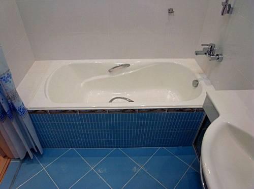 Чугунная ванна Roca Haiti 170x80, с п/ск покрытием, отверстия под ручки