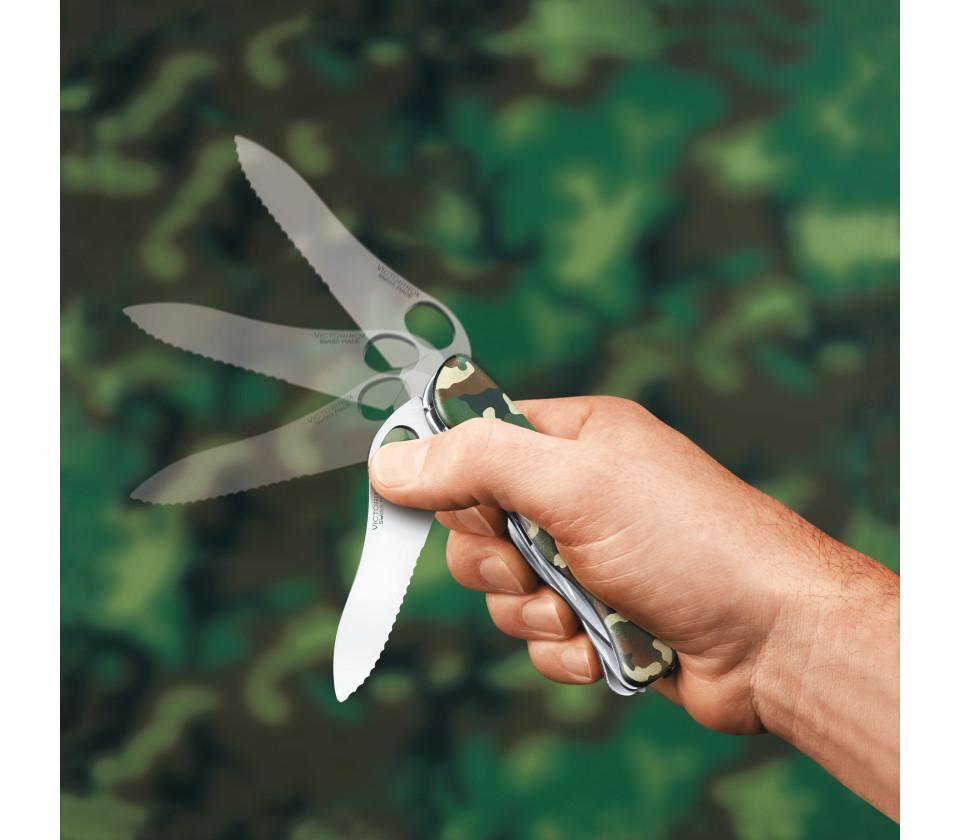 Складной нож 111 мм. Victorinox Trailmaster One Hand Camouflage (0.8463.MW94)