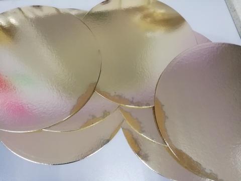 Подложка для торта 30см, толщ. 3.2 мм, круглая, золотая/белая (уценка, заводской брак)