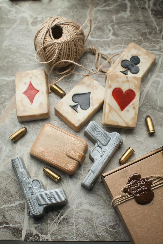 Мыло в виде игральных карт