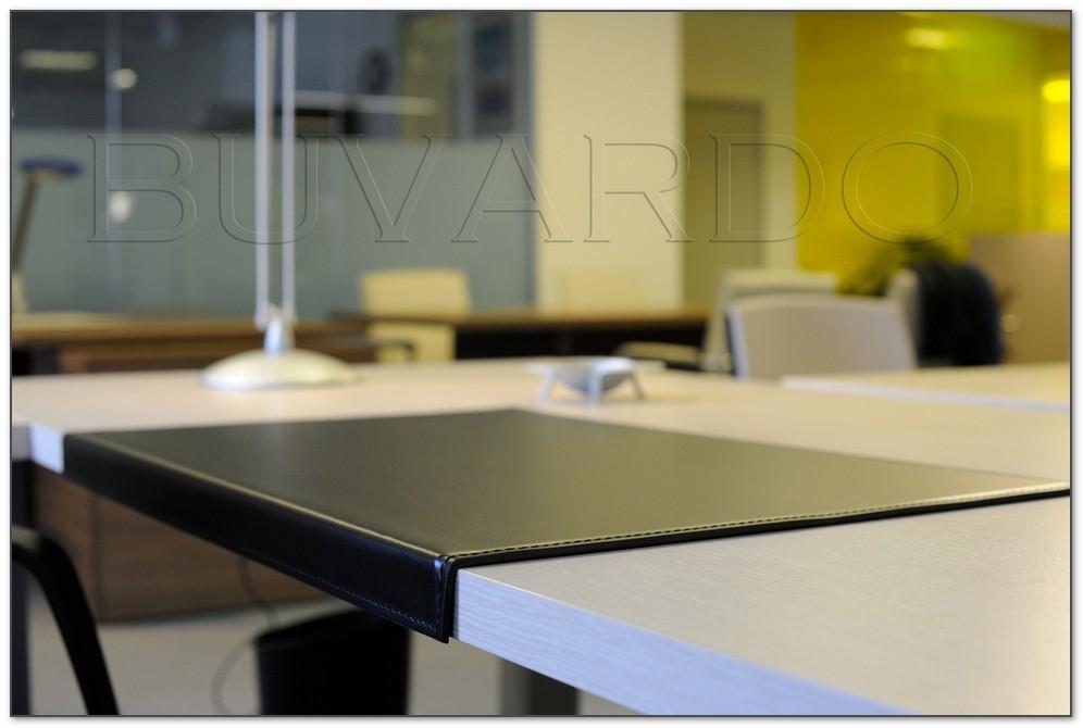 Бювар из итальянской кожи Cuoietto кожи с загибом для рабочего стола.