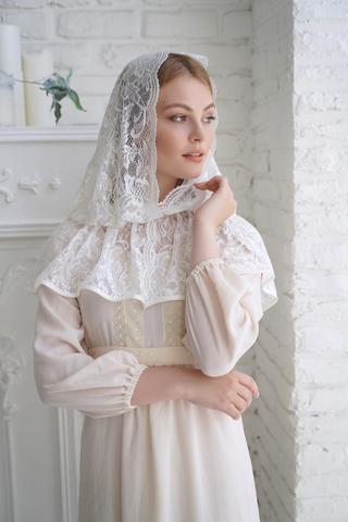 Неспадающий  платок в церковь