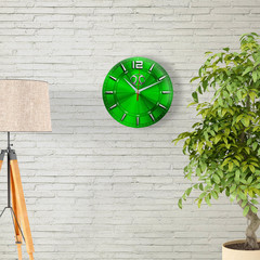 Сувенир – часы BAIC Motor 18