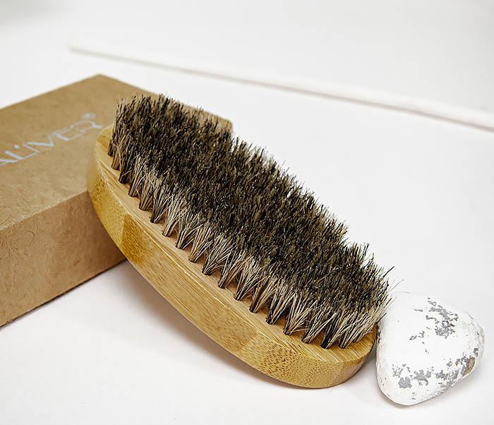 CARE150-2 Бамбуковая щетка для бороды в коробке