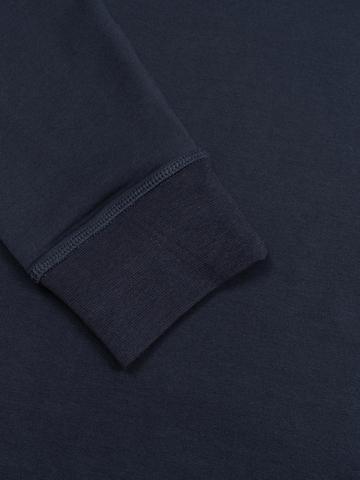 Водолазка тёмно-синего цвета