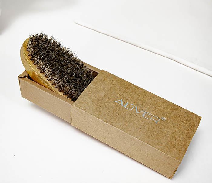CARE150-2 Бамбуковая щетка для бороды в коробке фото 02