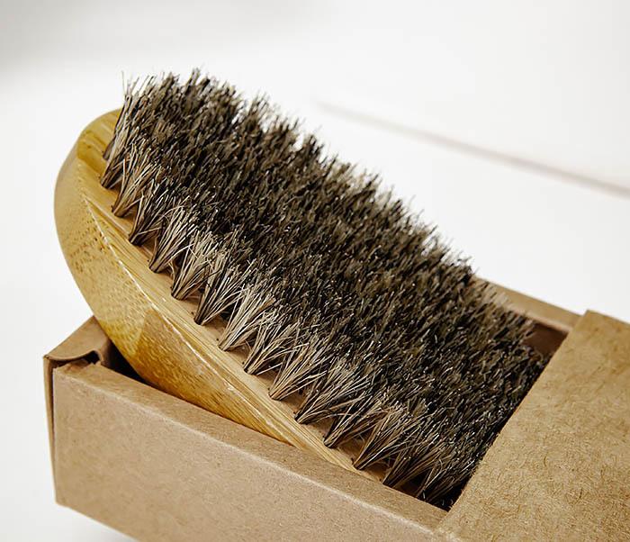 CARE150-2 Бамбуковая щетка для бороды в коробке фото 03
