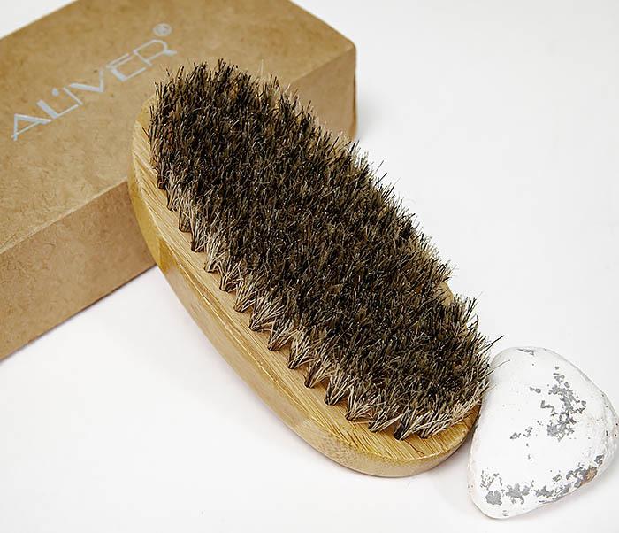 CARE150-2 Бамбуковая щетка для бороды в коробке фото 04