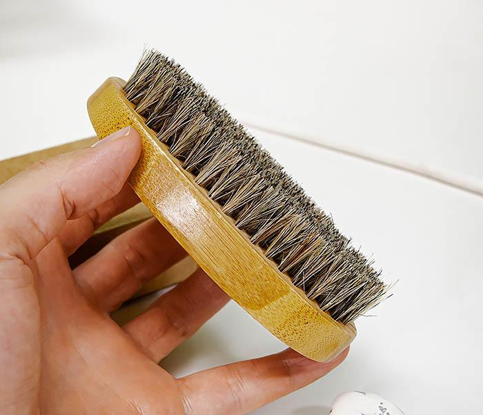CARE150-2 Бамбуковая щетка для бороды в коробке фото 06