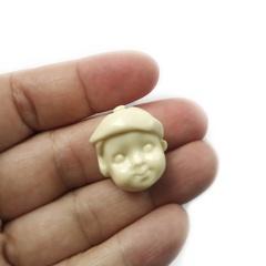 0039 Молд силиконовый. Лицо для куклы. Мальчик в берете.