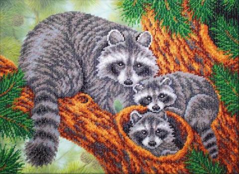 Алмазная Мозаика 30x40 Семья енотов (арт. HZS183)