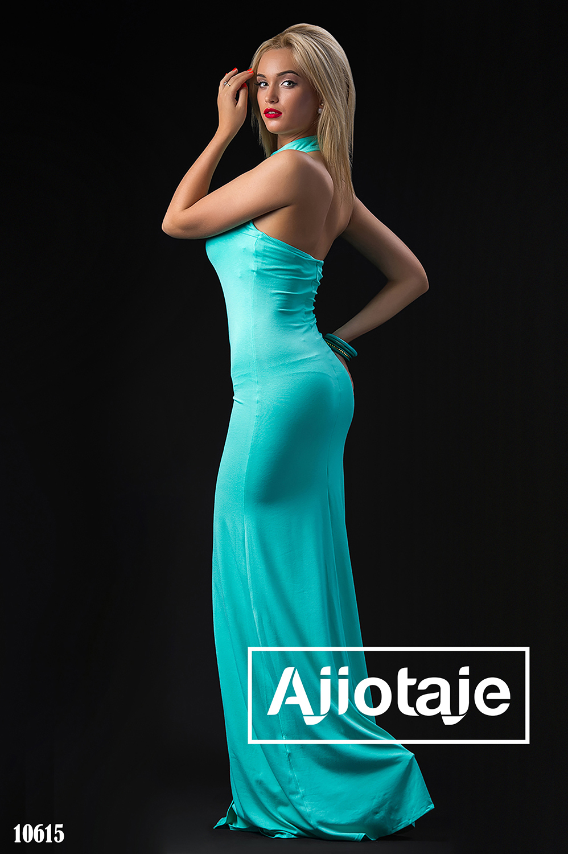 Мятное платье в пол с открытой спинкой