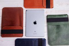 Коричневый вертикальный кожаный чехол Gmakin для iPad