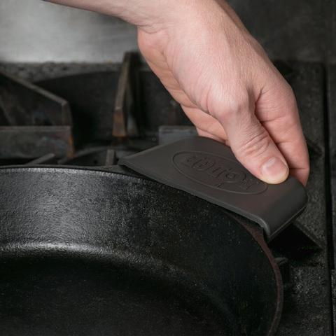 Накладка на ручку силиконовая для чугунных сковородок, артикул ASPHH11