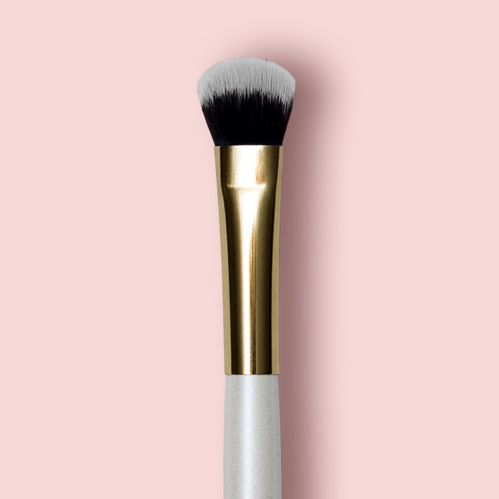 Oh My brush Flat Concealer Brush 102