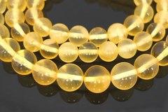 бусы шары из полупрозрачного янтаря