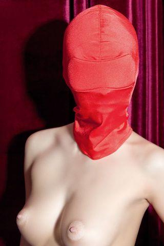 Красная эластичная маска на голову