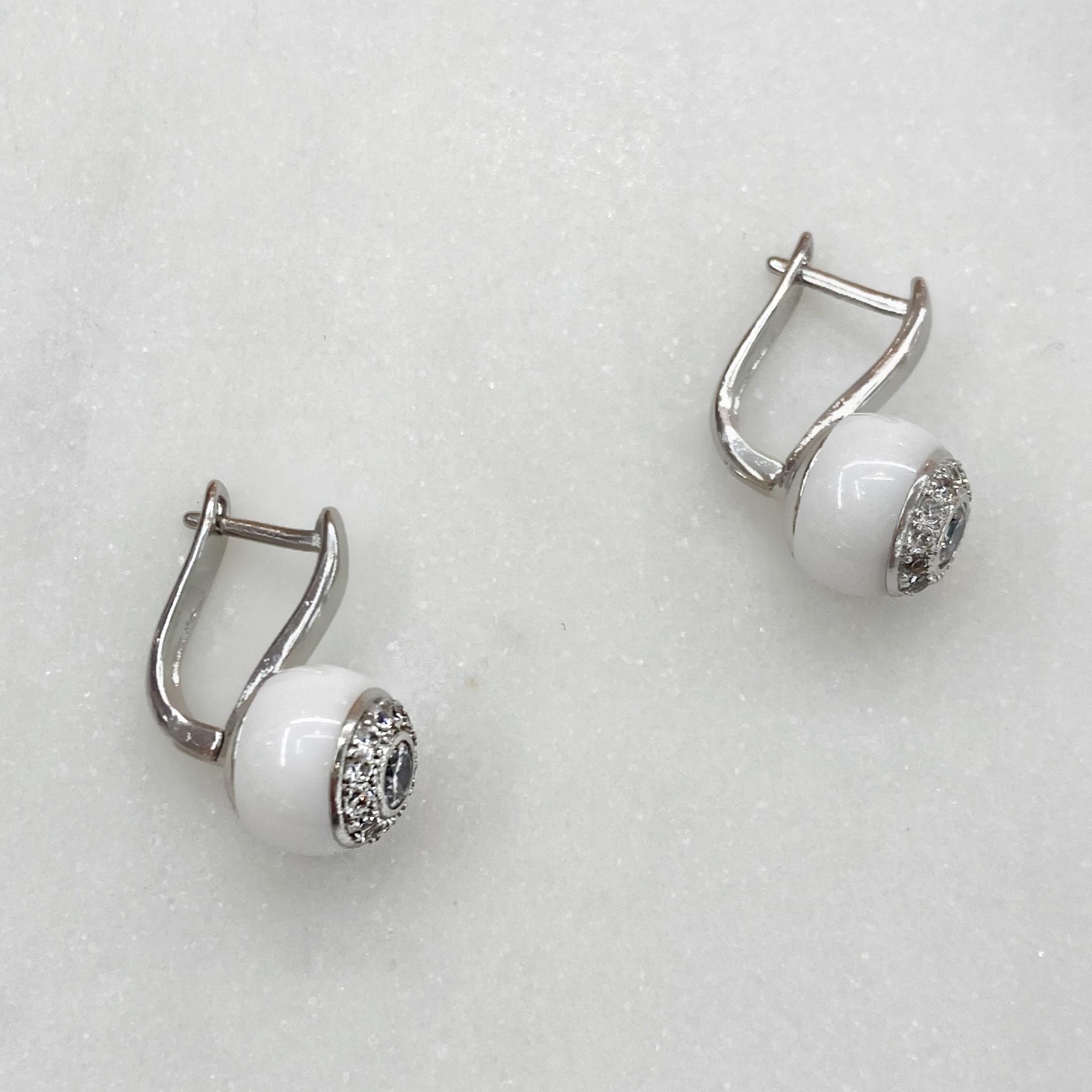Серьги Керамика с вставкой-розеткой англ.замок белый (цирконы, сталь)