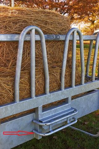 Кронштейн для защиты животных для кормушки для сена
