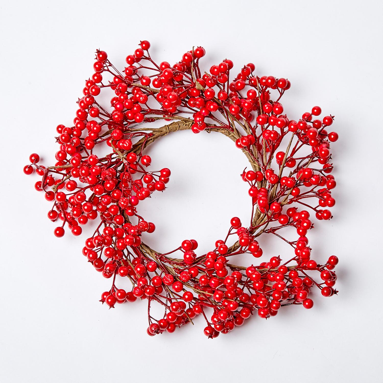 Венок с ягодами красный 41см