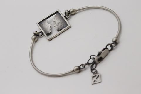 Серебряный браслет 925 пробы по цене 2800 руб. БТ-50-3 Литва