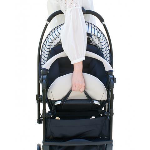 Компания COMBI - детская коляска «Mechacal Handy Auto 4cas» бежево-синяя