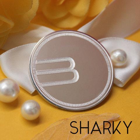 Подарочная монета из серебра с гравировкой на заказ