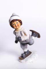 Декоративная фигурка. Мальчик, бегущий на лыжах.