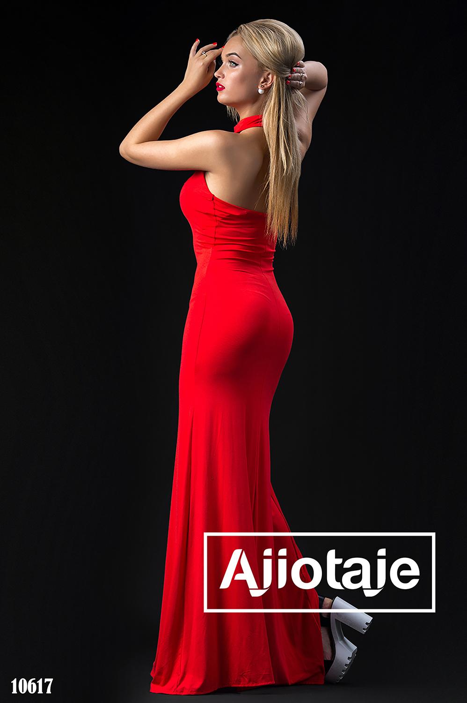 Красное платье в пол с открытой спинкой