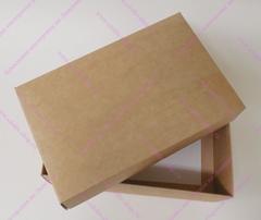 Коробка фирменная средняя